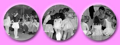 stolz und zugleich aufgeregt tanzen die jungen Tänzerinnen vor ihren Eltern