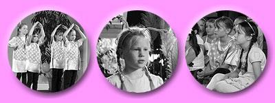 Kinder zeigen Dach über dem Kopf mit den Händen, Porträt einer Pippi, zuschauende Kinder