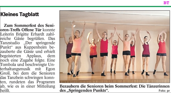 Sommerfest Seniorentreff Offene Tür, begeisterter Applaus für junge Tänzerinnen